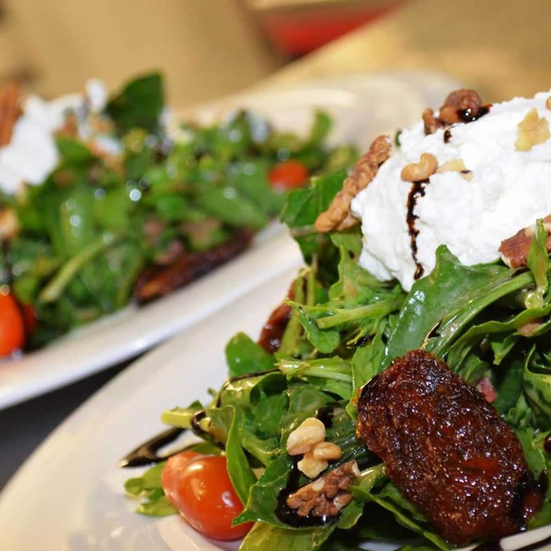 https://blueros.com/wp-content/uploads/2016/02/gastronomy-of-syros.jpg