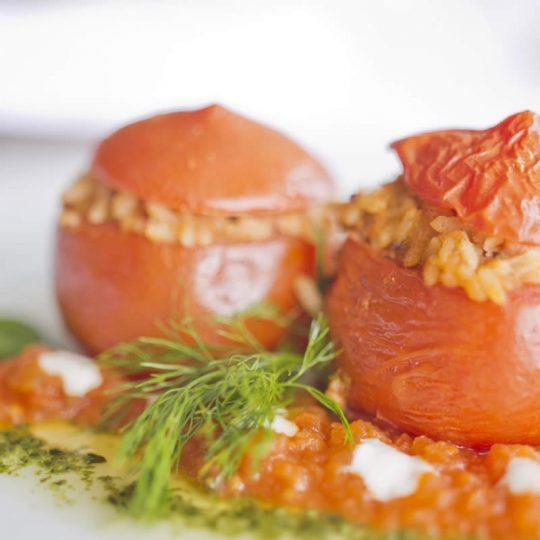 https://blueros.com/wp-content/uploads/2016/09/syros-gastronomy3-540x540.jpg